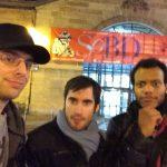 Selfie devant le Halle des Blanc Manteaux
